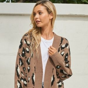 brown Long Sleeves Leopard Knit Cardigan